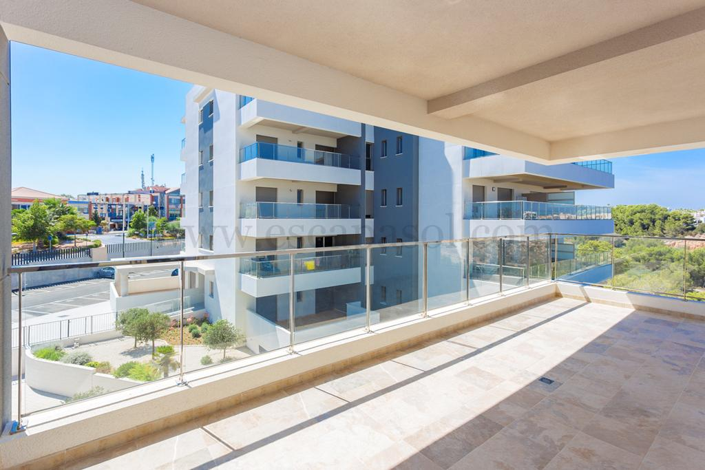 Appartement exclusif avec spa la zenia costa blanca for Agence immobiliere 3