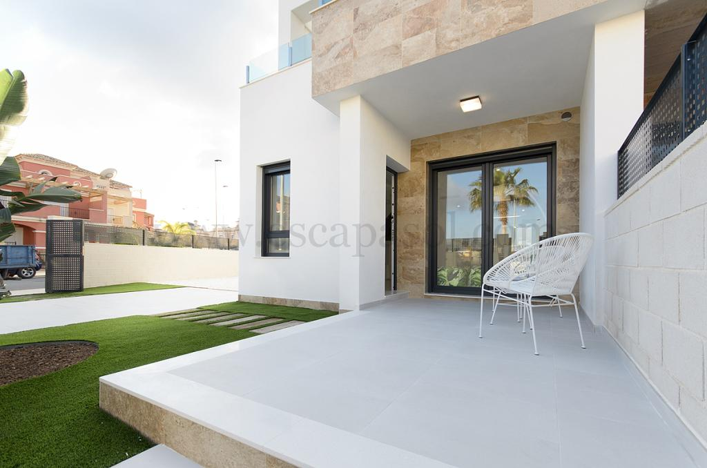 Modern villa monaco la marina alicante costa blanca for Modern house estate agents