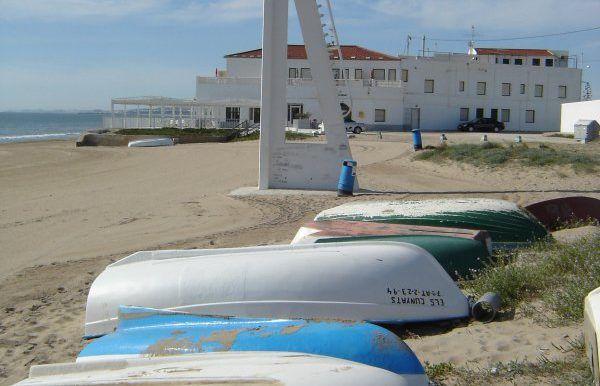 02-barcas-playa