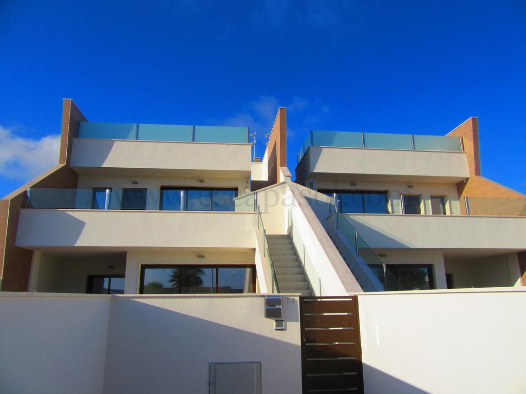 2 oder 3 Schlafzimmerwohnung mit Gemeinschaftspool in San Pedro Del Pinatar