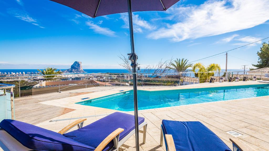 Villa with panoramic sea view in Calpe