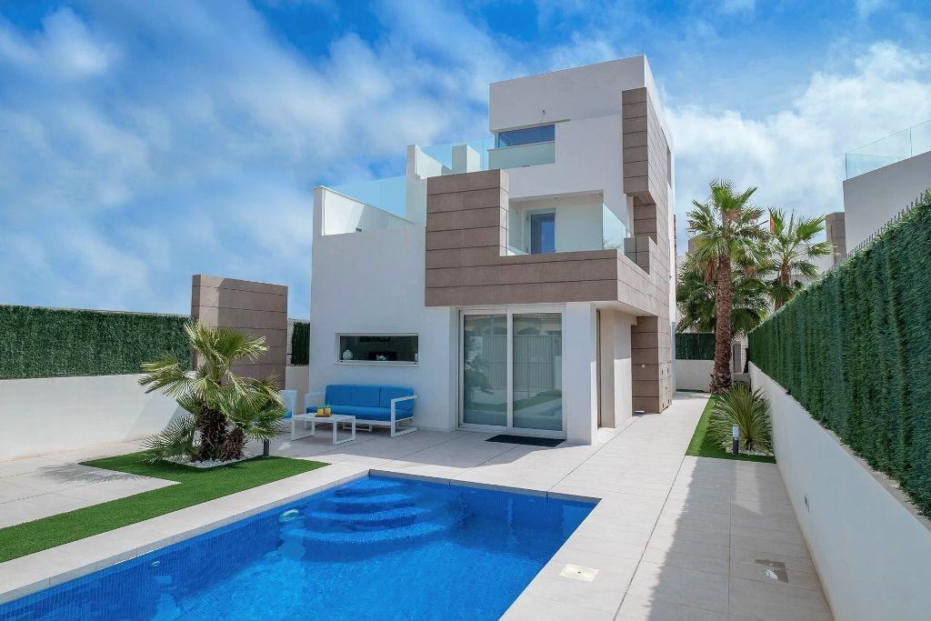 Villa moderna lumineuse piscinas solarium à Guardamar del segura