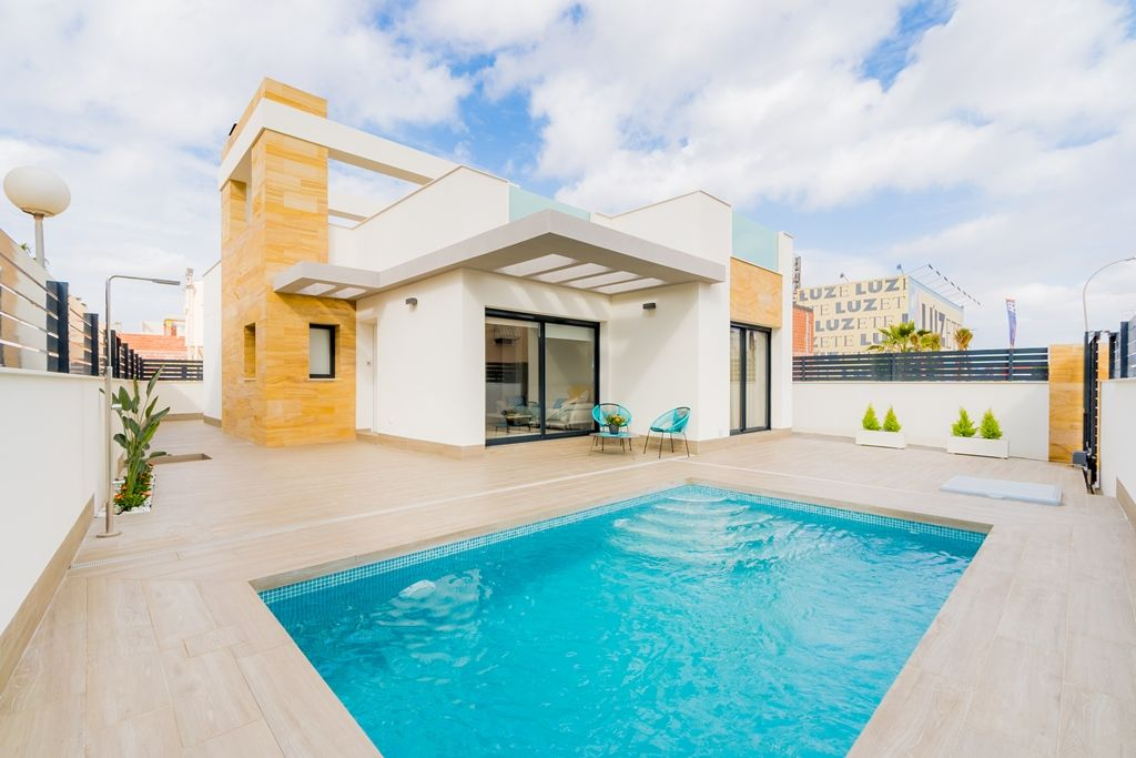 Modern single-storey house in Torrevieja