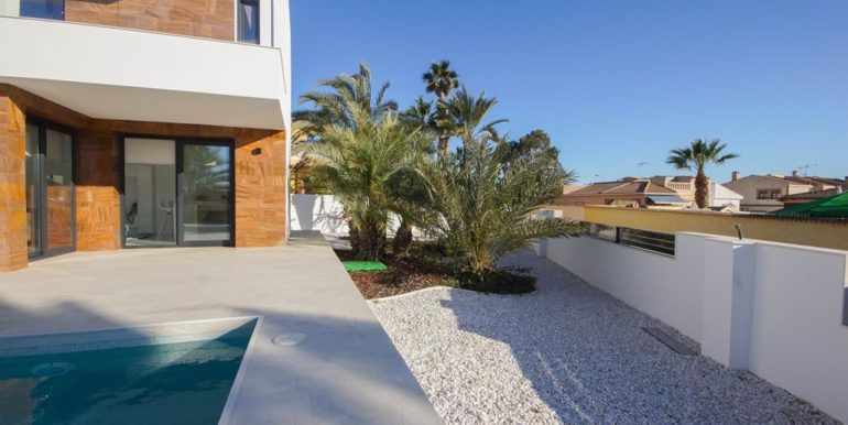 7 agence immobiliere belge à torrevieja
