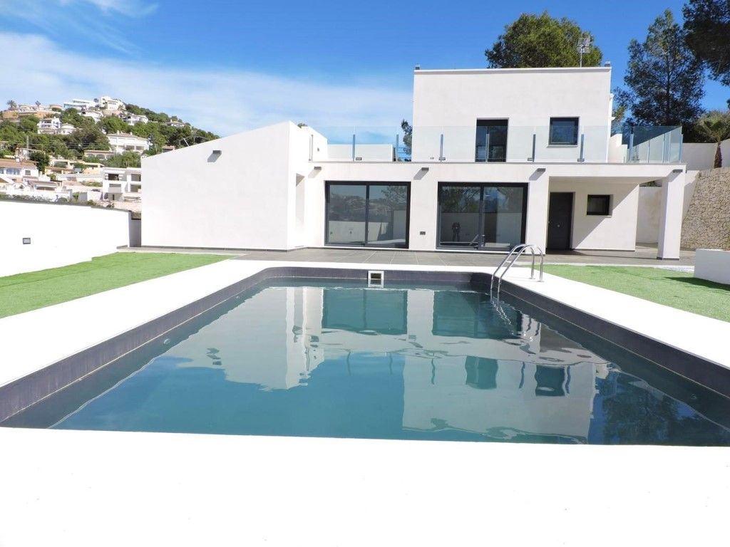 Renovated house in Moraira